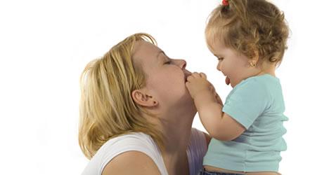 Conheça o teste da linguinha e saiba mais sobre a sua importância